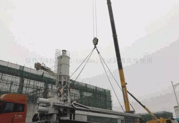 北京:新机场污水处理厂项目完成污泥板框压滤机吊装