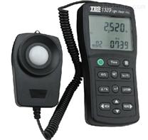 台灣泰仕TES-1339專業級照度計