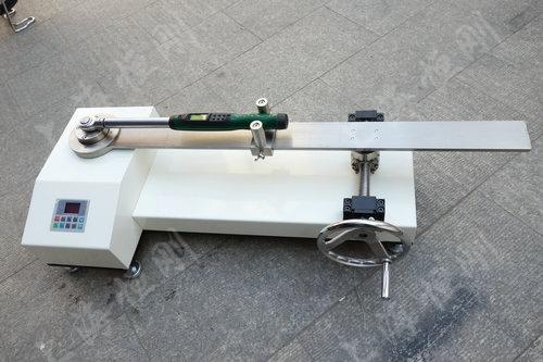 双量程扭力扳手检验器