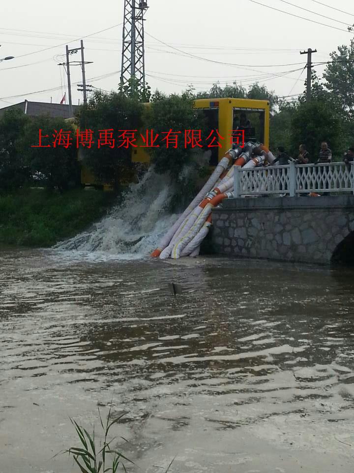 大口徑排水泵車